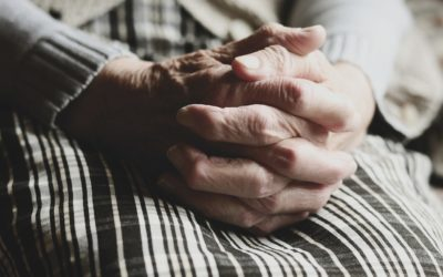"""TRF-4 vê idosa com """"renda nula"""" e manda INSS conceder benefício assistencial"""