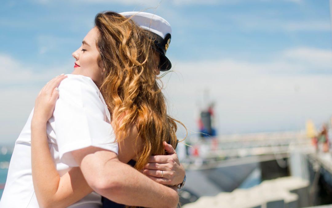 https://pixabay.com/pt/photos/veteranos-marinha-implanta%C3%A7%C3%A3o-home-1054323/