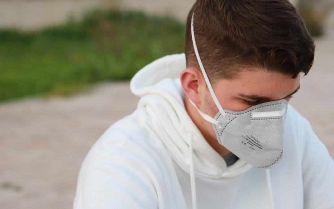 https://pixabay.com/pt/photos/corona-v%C3%ADrus-pandemia-doen%C3%A7a-4945391/