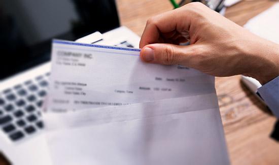Suspensos descontos de benefício de aposentado que alegou não ter solicitado empréstimo consignado